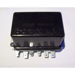 Regler für Lucas Lichtmaschine 12V/22A  Ford Serie 10,100,200,1000, IHC444